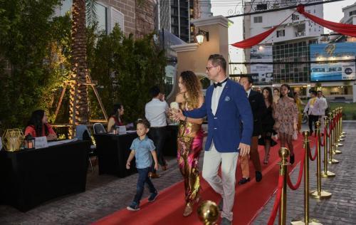 Sevenseas-cote-d-azur-red-carpet-party-2019 (30)