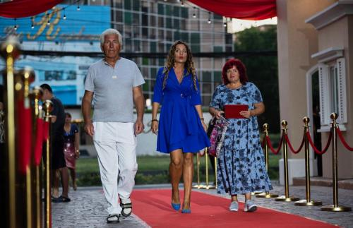 Sevenseas-cote-d-azur-red-carpet-party-2019 (6)